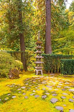 Shrine in Japanese Garden, Portland, Oregon, USA, North America