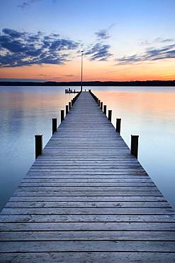 Long jetty at Lake Starnberg, after sunset, Upper Bavaria, Bavaria, Germany, Europe