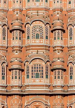 Close-up of facade of Hawa Mahal, Palace of Winds, Jaipur, Rajasthan, India, Asia