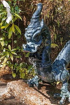 Dragon, sculpture as gargoyle, Hirou-jinja Shinto shrine, Nachisan, Wakayama, Japan, Asia