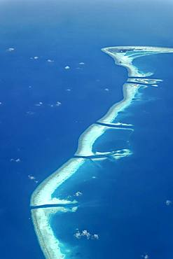 Outreef with reef channels, Divehi, Kandu, Meemu Atoll or Mulaktholhu Atoll, Indian Ocean, Maldives, Asia