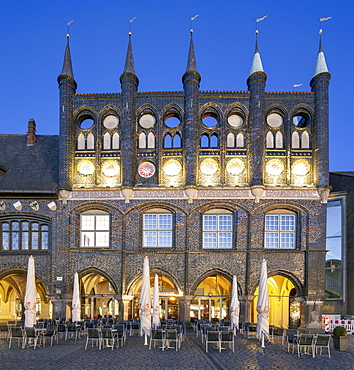 Historical City Hall, Neues Gemach, Blue Hour, Market, Luebeck, Schleswig-Holstein, Germany, Europe