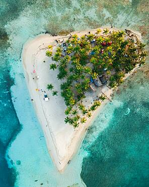 Aerial view, tropical island with palm trees, San Blas Islands