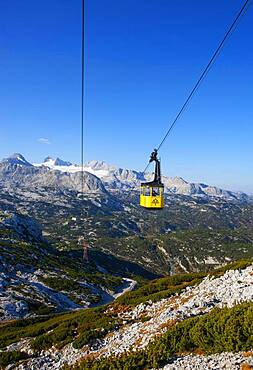 Panoramic view to the mountain station Gjaid and to the Hohen Dachstein, Dachstein massif, Krippenstein cable car, Obertraun, Salzkammergut, Upper Austria, Austria, Europe