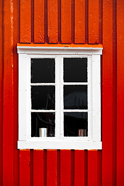 Red house wall with white window, rorbuer, typical wooden houses, Lofoten, Norway, Norway, Europe