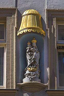 Sculpture of Maria immaculata under a gilded canopy on a residential building, Bamberg, Upper Franconia, Bavaria, Germany, Europe