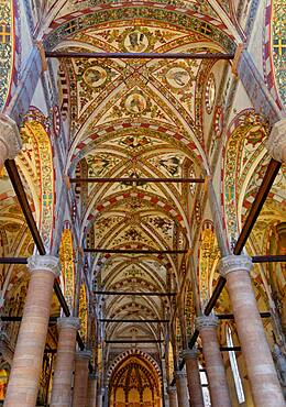 Ceiling of the church of Sant Anastasia, Verona, Veneto, Italy, reinforced with iron girders to prevent earthquakes, Europe