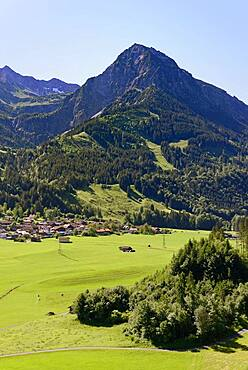 View of the village of Reichenbach and the mountain Rubihorn 1957 m, Allgaeu Alps, Allgaeu, Bavaria, Germany, Europe