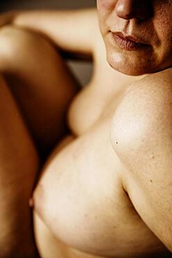 Nude of an older, fatter woman, detail, studio shot, Germany, Europe