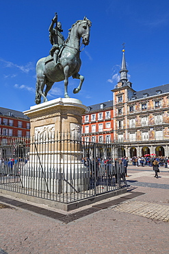 View of Philip lll statue and architecture in Calle Mayor, Madrid, Spain, Europe