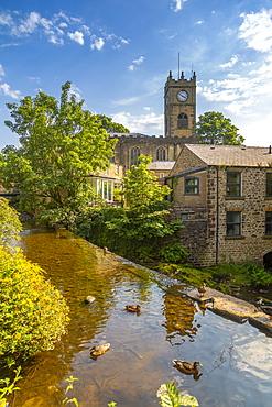 View of St. Mathews Church and duck pond, Hayfield, High Peak, Derbyshire, England, United Kingdom, Europe