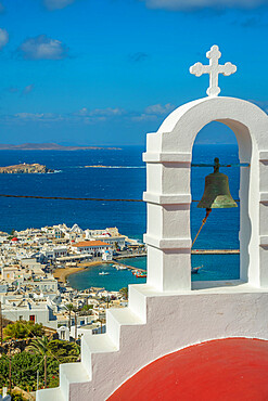 Elevated view of little white chapel, Old Harbour and town, Mykonos Town, Mykonos, Cyclades Islands, Greek Islands, Aegean Sea, Greece, Europe