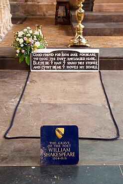 Shakespeare's Grave, Holy Trinity Church, Stratford-upon-Avon, Warwickshire, England, United Kingdom, Europe