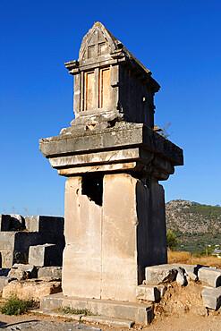 Lycian tomb, Xanthos, near Kalkan, Lycia, Antalya Province, Mediterranean Coast, Southwest Turkey, Anatolia, Turkey, Asia Minor, Eurasia