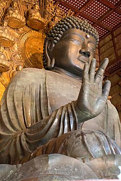 Daibutsu (Great Buddha) (Vairocana) inside the Daibutsu-den Hall of the Buddhist Temple of Todai-ji, Nara, UNESCO World Heritage Site, Kansai, Japan, Asia