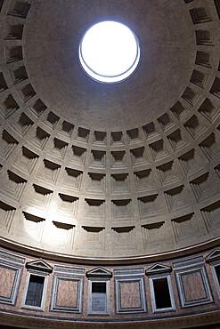 Interior view of the cupola inside the Pantheon, UNESCO World Heritage Site, Piazza della Rotonda, Rome, Lazio, Italy, Europe
