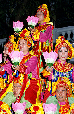 Traditional Vietnamese Lotus dance, Vietnam, Indochina, Southeast Asia, Asia