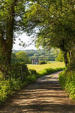 View along Ham Lane public footpath and High Weald landscape, Burwash, High Weald AONB (Area of Outstanding Natural Beauty), East Sussex, England, United Kingdom, Europe