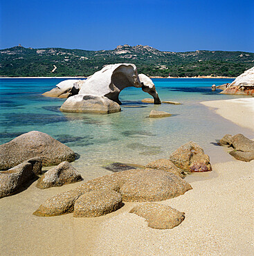 Spiaggia dell Elefante beach and the elephant rock, Cala di Volpe, Costa Smeralda, Sardinia, Italy, Europe