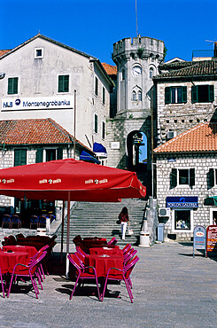 Cafe scene in Herceg Stijepan square in the old quarter, Herceg Novi, Bay of Kotorska, Montenegro, Europe