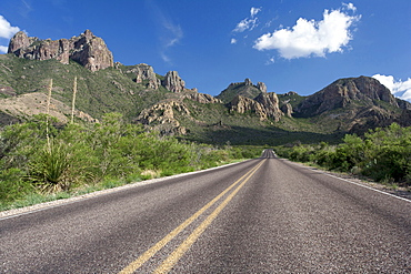 Rocky landscape with empty road, Big Bend National Park, Texas, USA