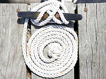 Coiled rope and nautical knot