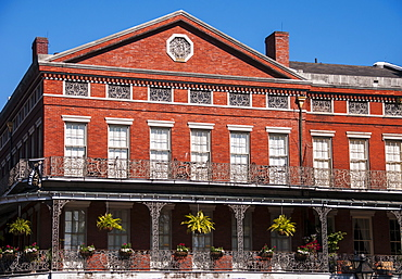 View of traditional building with balcony, USA, Louisiana, New Orleans