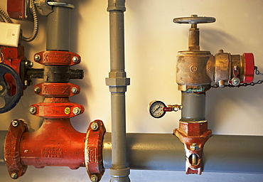 Pipes with pressure gauge and shutoff valves