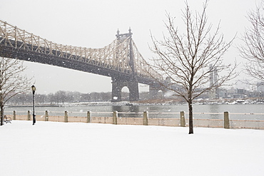 USA, New York City, Queensboro Bridge in winter