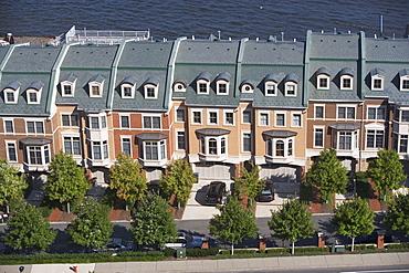 USA, New Jersey, Weehawken, Suburban houses