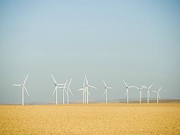 Row on windmills on wind farm