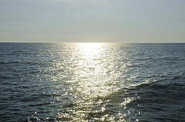 sunlight reflecting on sea, USA, North Carolina