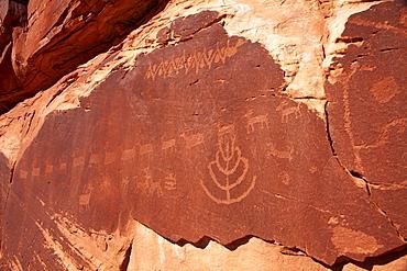 USA, Utah, Native American art on stone wall, USA, Utah