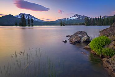 Sparks Lake at sunset, Deschutes County, Oregon