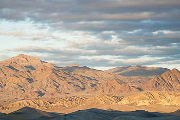 View of Mesquite Dunes, USA, California, Death Valley National Park, Mesquite Dunes