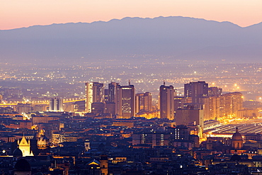 Italy, Campania, Naples, Cityscape at sunrise