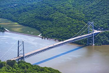 USA, New York State, Bear Mountain Bridge over Hudson river