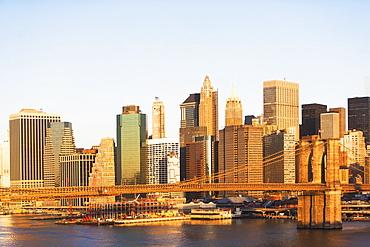 USA, New York State, New York City, Manhattan, City panorama with Brooklyn Bridge