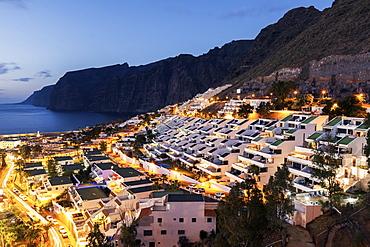 Spain, Canary Islands, Tenerife, Acantilados de los Gigantes, Panorama of Puerto de la Cruz Acantilados de los Gigantes