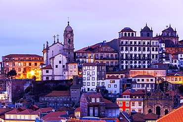 Portugal, Norte, Porto, Old Town at sunrise