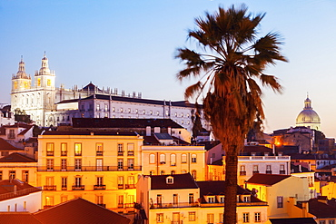 Portugal, Lisbon, Panorama of Old Town at sunrise