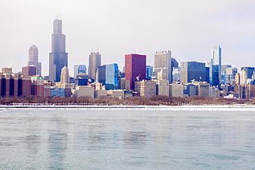 USA, Illinois, Chicago skyline across Lake Michigan