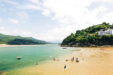 Mundaka Beach in Spain, Mundaka, Basque Country, Spain