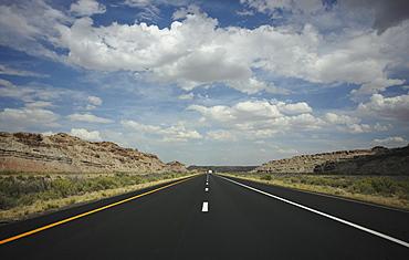 Highway in Grand Canyon National Park, Arizona, Grand Canyon, Arizona, USA