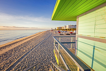 USA, Florida, Miami Beach, Lifeguard hut on beach