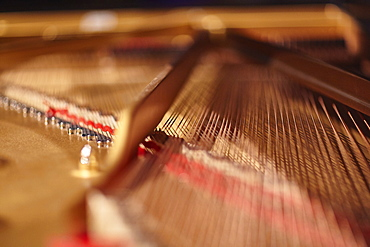 Close up of piano strings