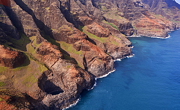 USA, Hawaii, Kauai, Na Pali, Aerial view of Na Pali Coast