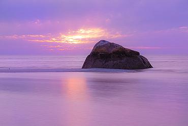 USA, Massachusetts, Cape Cod, Orleans, Sunset at Rock Harbor Beach