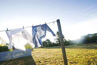USA, Massachusetts, Cape Cod, Laundry drying on clothesline
