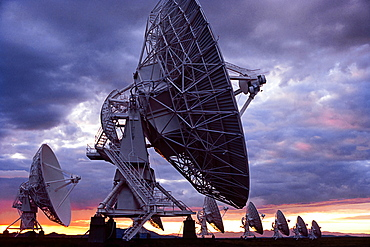 United States, New Mexico, Socorro, Radio telescopes at Karl G. Jansky Very Large Array at sunset